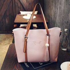 Rabbit Bag - Tassel Shoulder Bag