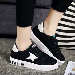 Yoflap - Star Applique Sneakers