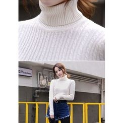 DEEPNY - Turtle-Neck Cable-Knit Sweater