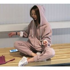 Saranghae - Set: Oversized Zip Hoodie + Ripped Sweatpants