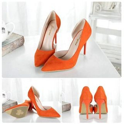 BAYO - Pointy High-Heel Pumps