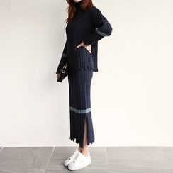 NIPONJJUYA - Set: Turtle-Neck Distressed Knit Top + Long Skirt