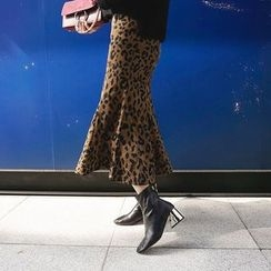 DISCOSALON - Ruffled-Hem Leopard Skirt