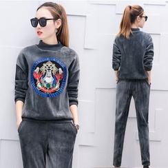 Mandalle - Set: Embroidered Velvet Pullover + Sweatpants