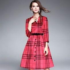 Ozipan - 3/4-Sleeve Plaid A-Line Dress