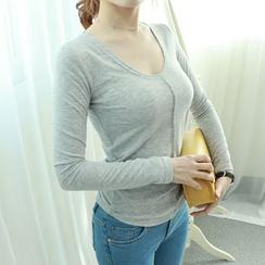 Dodostyle - U-Neck Seam-Front T-Shirt
