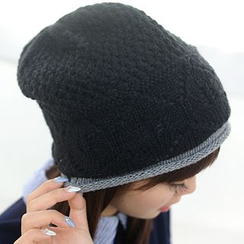 Bow Accent Beanie Black One Size