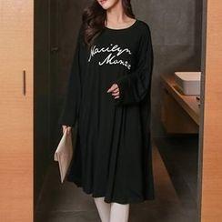 Champi - Letter Long-Sleeve T-shirt Dress