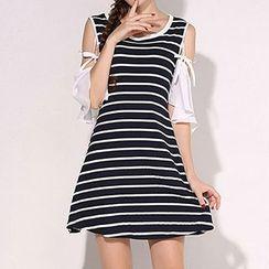 Isadora - 露肩短袖条纹连衣裙