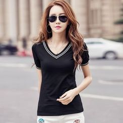 Ashlee - V-neck Short-Sleeve T-shirt