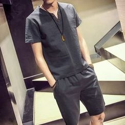 Seoul Boy - Set: V-Neck T-Shirt + Shorts