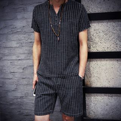 Hawoo - Set: Striped T-Shirt + Shorts