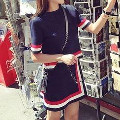 Smooch - 套裝: 條紋短袖針織上衣 + A字裙