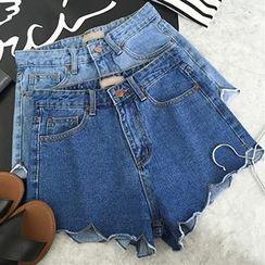 Dasim - Scallop Hem Denim Shorts
