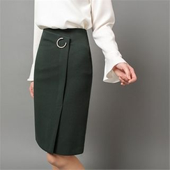 Styleberry - Buckled-Detail Slit-Front Skirt