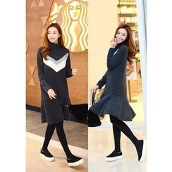 DEEPNY - Long-Sleeve Color-Block Ruffle-Hem Dress