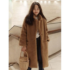 maybe-baby - Single-Breasted Faux-Fur Coat