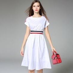 Y:Q - Stripe Short-Sleeve Midi Dress
