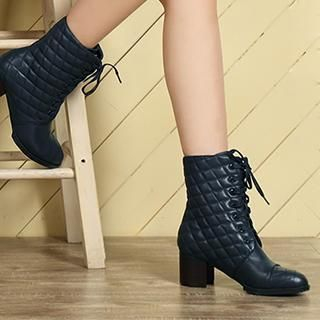 Exull - Lace-Up Quilted Short Boots