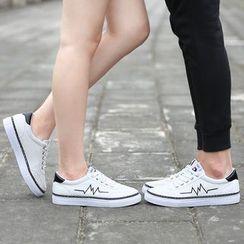 Muyu - 刺繡帆布休閒鞋