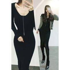 ATTYSTORY - Zip-Detail Ribbed Knit Dress