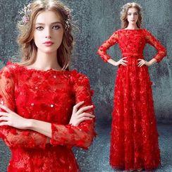 Angel Bridal - 长袖贴饰晚礼服裙