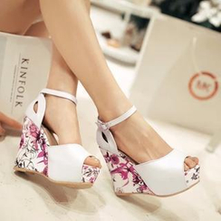 Pastel Pairs - Floral Wedge Sandals