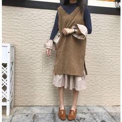 Windbird - 套装: 拼色长袖连衣裙 + 纯色背心裙