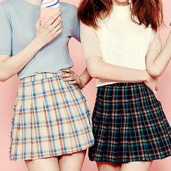 chuu - Plaid Pleated Mini Skirt