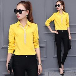 Sienne - Plain Shirt with Embellished Neck Tie