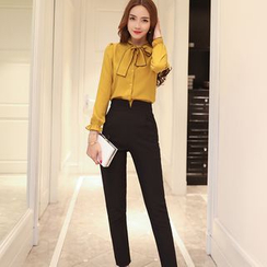 Romantica - Set: Tie-Neck Blouse + Pants