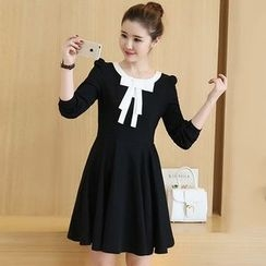 Katie Bloom - Bow Long-Sleeve Dress