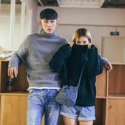 Simpair - Couple Matching Ribbed Mock Neck Sweater