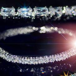 Nanazi Jewelry - Rhinestone Bracelet