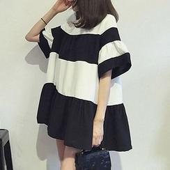 Cloud Nine - 条纹裙衣