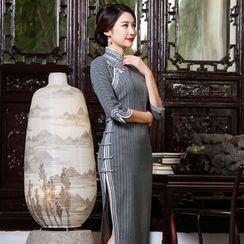 Miss Four Qipao - 七分袖条纹旗袍