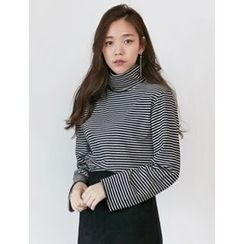 FROMBEGINNING - Turtle-Neck Striped T-Shirt