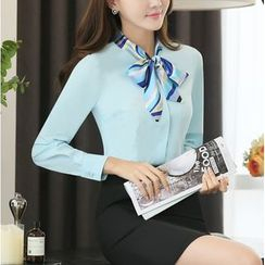 Arcadian - Set: Tie Neck Dress Shirt + Pencil Skirt