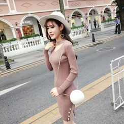 RUI - Long-Sleeve V-Neck Knit Dress