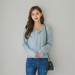 Styleberry - V-Neck Tie-Front Knit Top