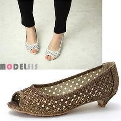 MODELSIS - Glitter Perforated Kitten Heels