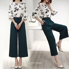 Ashlee - Set: Elbow-Sleeve Print Top + Cropped Wide Leg Pants