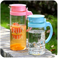 Momoi - Lettering Printed Water Bottle