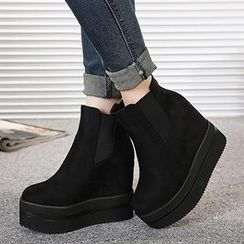 Mancienne - Zip Wedge Ankle Boots