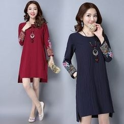 Diosa - Embroidered Long Sleeve Dress