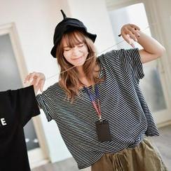 GOROKE - Striped Over-Sized T-Shirt