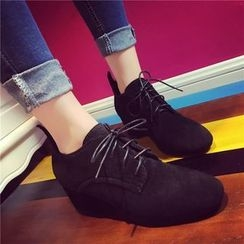 Yoflap - Chunky Heel Lace Up Oxfords