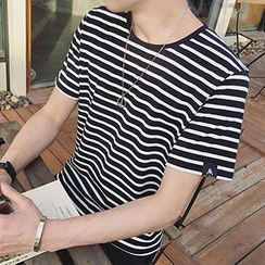 Gurun Vani - Striped Short Sleeve T-Shirt
