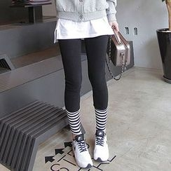 Seoul Fashion - Stripe-Hem Leggings