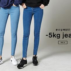 chuu - 水洗超窄5kg牛仔褲
